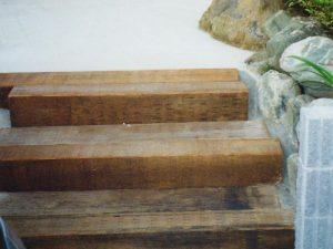 枕木の再利用