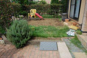 施行前のお庭